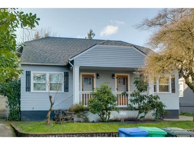 8835 SE 16TH Pl, Portland, OR 97202 (MLS #20282721) :: Fox Real Estate Group