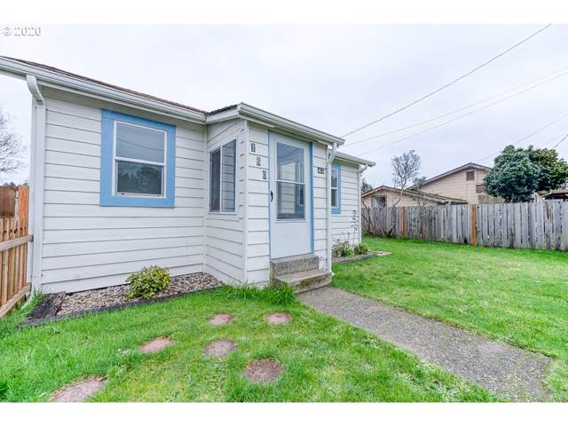 160 N 14TH, Lakeside, OR 97449 (MLS #20282938) :: McKillion Real Estate Group