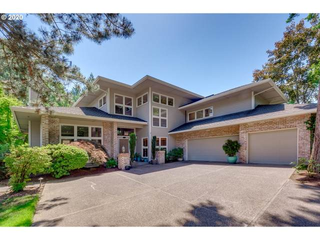 832 SE River Forest Ct, Milwaukie, OR 97267 (MLS #20288796) :: Fox Real Estate Group