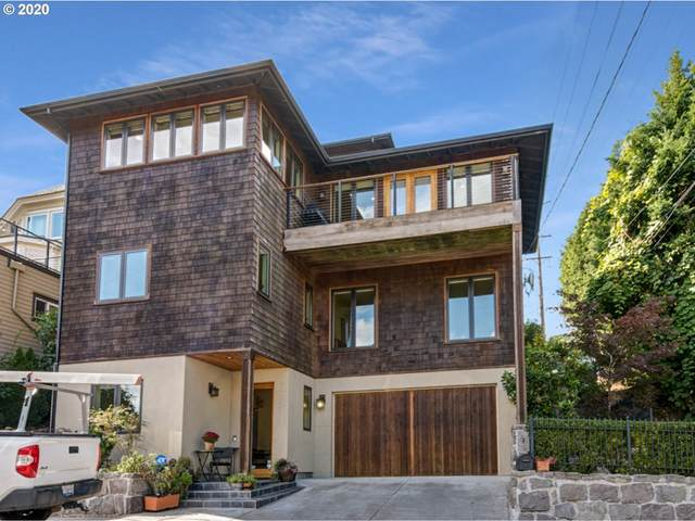 7605 S Fulton Park Pl, Portland, OR 97219 (MLS #20291995) :: Townsend Jarvis Group Real Estate