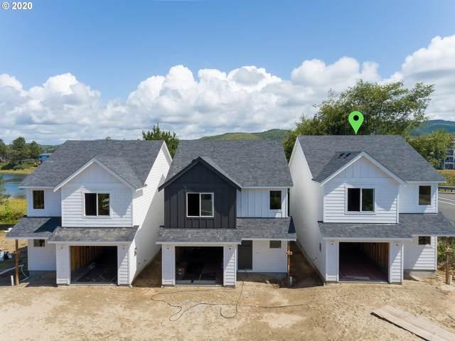 490 12th Ave, Seaside, OR 97138 (MLS #20293022) :: Holdhusen Real Estate Group