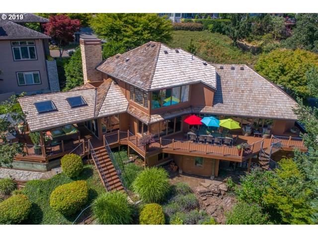 1592 View Lake Ct, Lake Oswego, OR 97034 (MLS #20294445) :: McKillion Real Estate Group