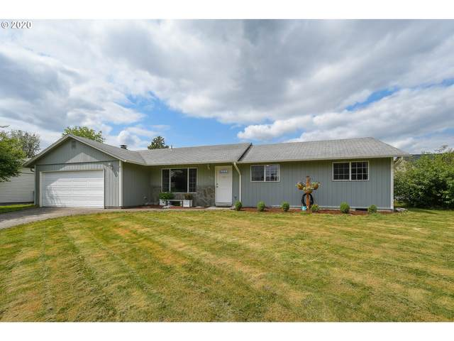 208 SW 10TH St, Battle Ground, WA 98604 (MLS #20300871) :: The Liu Group
