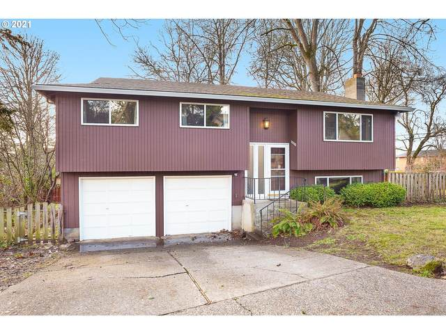 5005 SE Ina Ave, Milwaukie, OR 97267 (MLS #20302950) :: Lux Properties