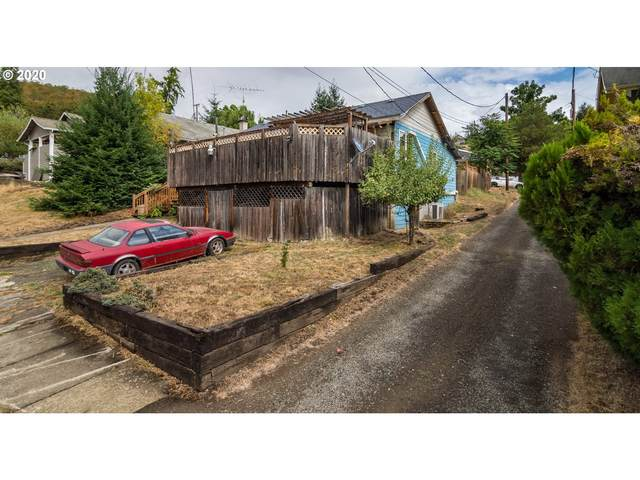 647 NE Casper St, Roseburg, OR 97470 (MLS #20304418) :: Gustavo Group