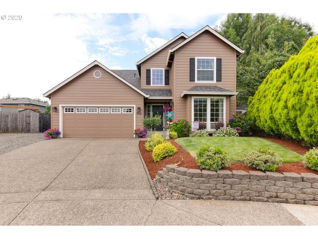 200 E Myrtlewood Ct, Newberg, OR 97132 (MLS #20311049) :: Song Real Estate