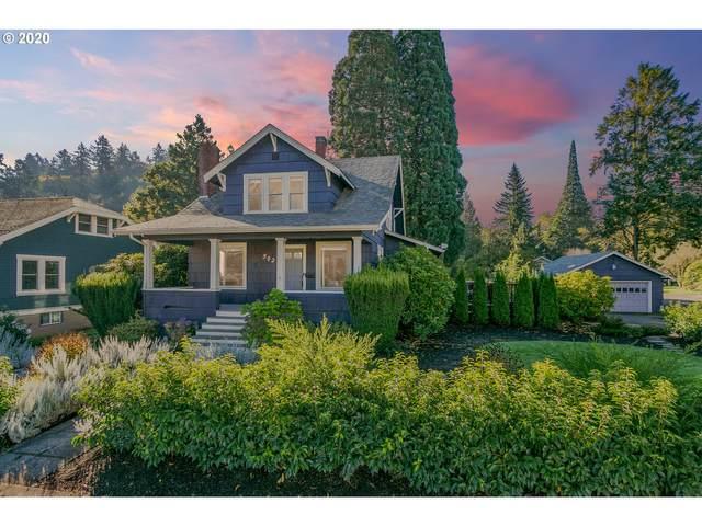 502 Abernethy Rd, Oregon City, OR 97045 (MLS #20312196) :: Change Realty