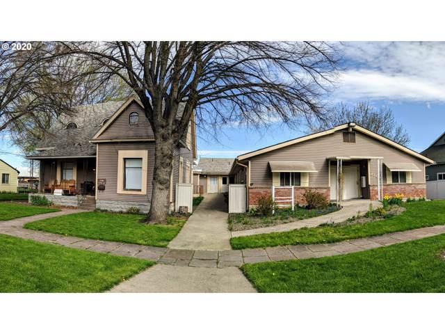 2109 3RD St, La Grande, OR 97850 (MLS #20312252) :: Song Real Estate