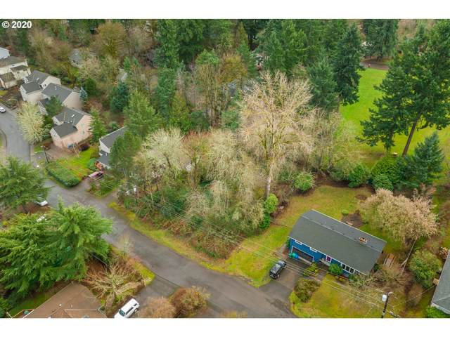 3334 SW Luradel St, Portland, OR 97219 (MLS #20313971) :: Change Realty