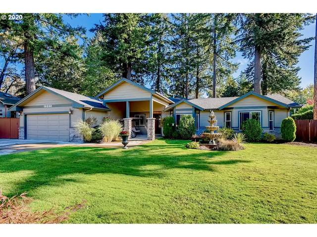 19230 Bryant Rd, Lake Oswego, OR 97034 (MLS #20315818) :: Lux Properties