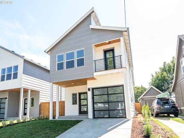 414 NE 76TH Ave, Portland, OR 97213 (MLS #20316128) :: The Galand Haas Real Estate Team