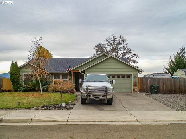 905 Forest Heights St, Sutherlin, OR 97479 (MLS #20317314) :: Townsend Jarvis Group Real Estate