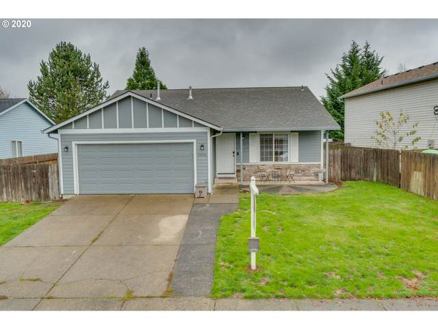 2306 SW 9TH Cir, Battle Ground, WA 98604 (MLS #20318789) :: Song Real Estate