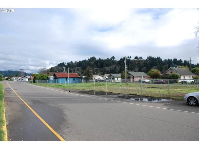 887 Laurel Ave, Reedsport, OR 97467 (MLS #20318836) :: Fox Real Estate Group
