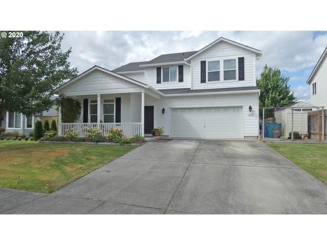 1920 N Falcon Dr, Ridgefield, WA 98642 (MLS #20319880) :: Fox Real Estate Group