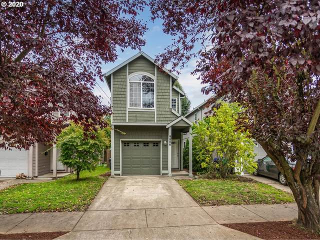 9806 N Clarendon Ave, Portland, OR 97203 (MLS #20320999) :: Fox Real Estate Group