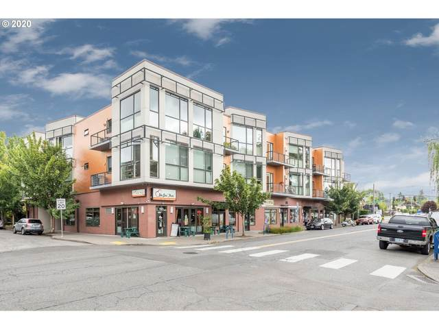 838 SE 38TH Ave #213, Portland, OR 97214 (MLS #20321247) :: The Liu Group