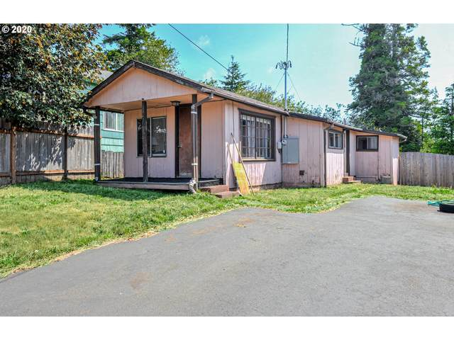 1241 S 8TH, Coos Bay, OR 97420 (MLS #20322157) :: Song Real Estate