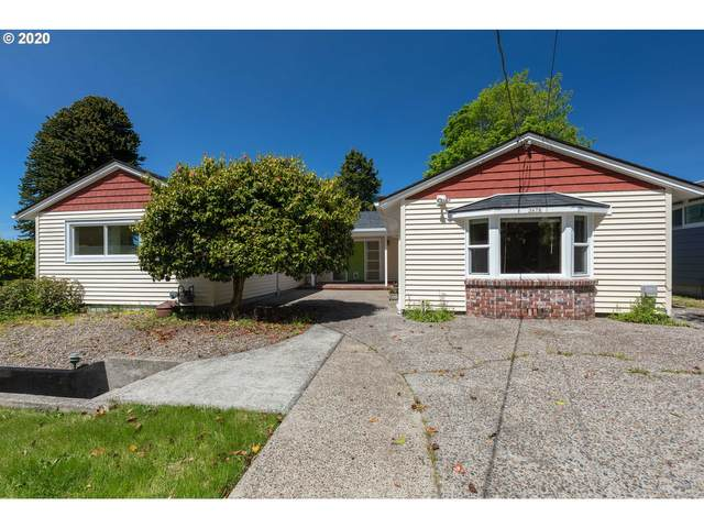 3678 Grand Ave, Astoria, OR 97103 (MLS #20322290) :: Premiere Property Group LLC
