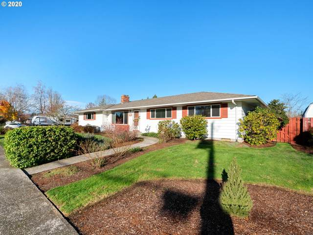 651 NW 19TH St, Mcminnville, OR 97128 (MLS #20323607) :: Fox Real Estate Group