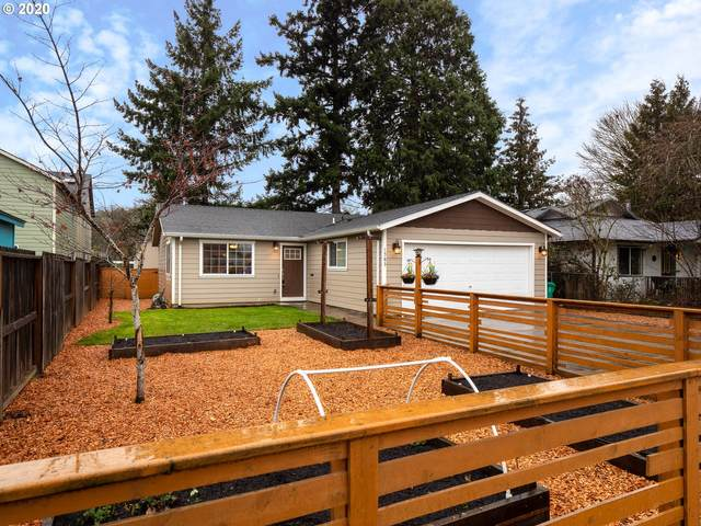 1563 SE 85TH Ave, Portland, OR 97216 (MLS #20325382) :: Change Realty