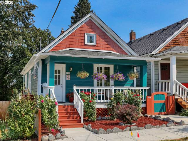 3320 SE 10TH Ave, Portland, OR 97202 (MLS #20326452) :: Next Home Realty Connection