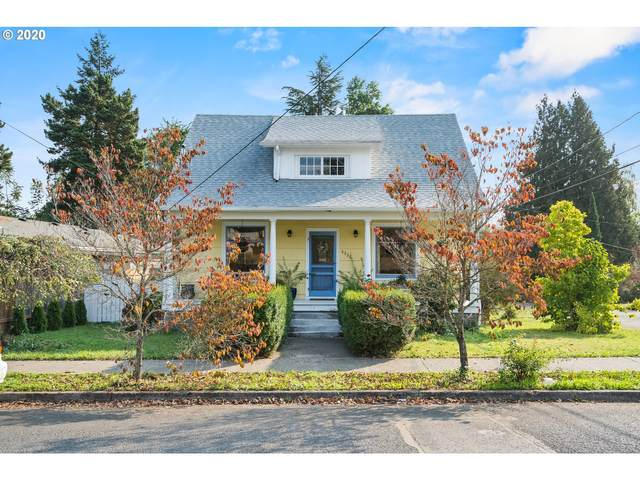 8336 SE 21st Ave, Portland, OR 97202 (MLS #20332828) :: Coho Realty