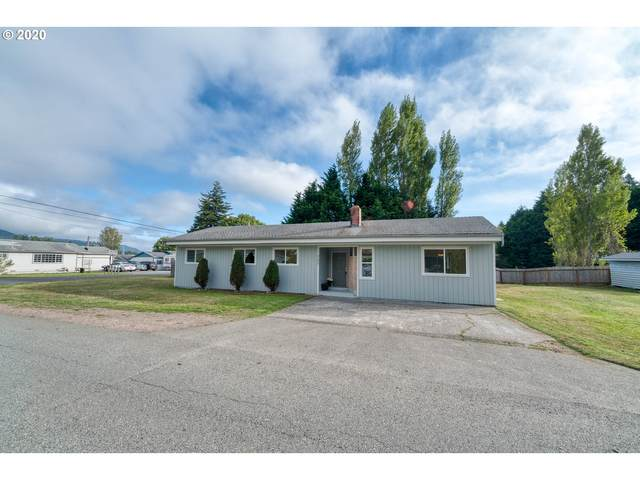 727 Ransom Ave, Brookings, OR 97415 (MLS #20335684) :: Premiere Property Group LLC