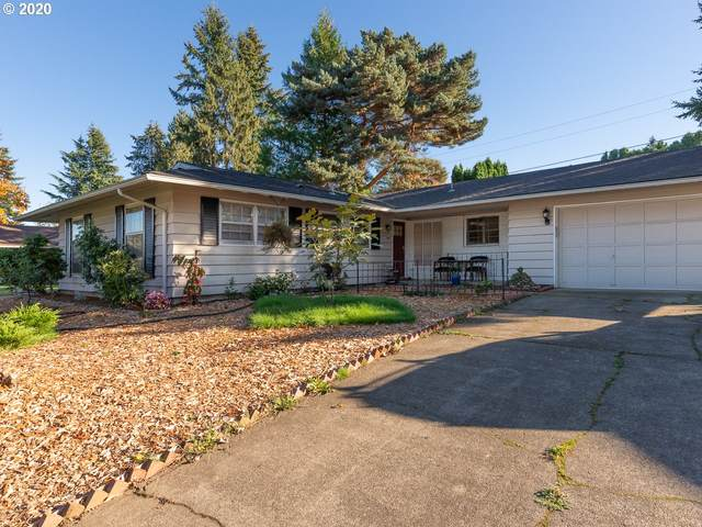 16000 NE Stanton St, Portland, OR 97230 (MLS #20335759) :: The Liu Group