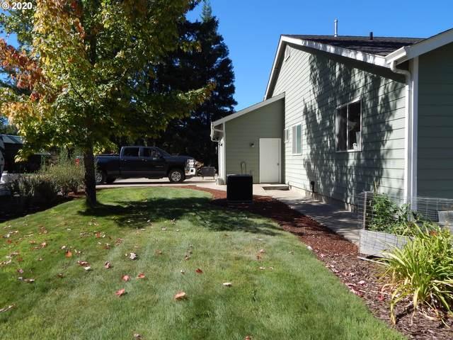 8701 Roberts Creek Rd, Roseburg, OR 97470 (MLS #20337550) :: Premiere Property Group LLC