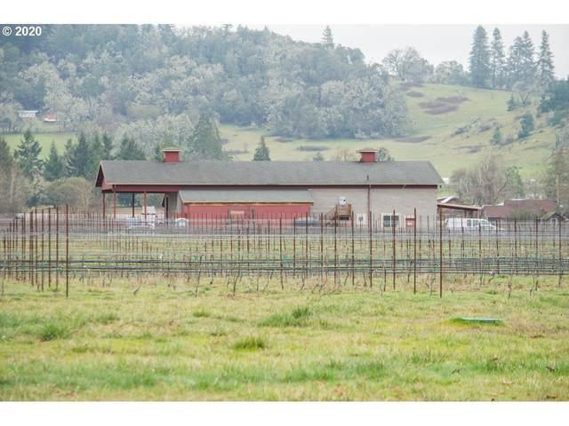 707 Hess Ln, Roseburg, OR 97471 (MLS #20338441) :: Townsend Jarvis Group Real Estate