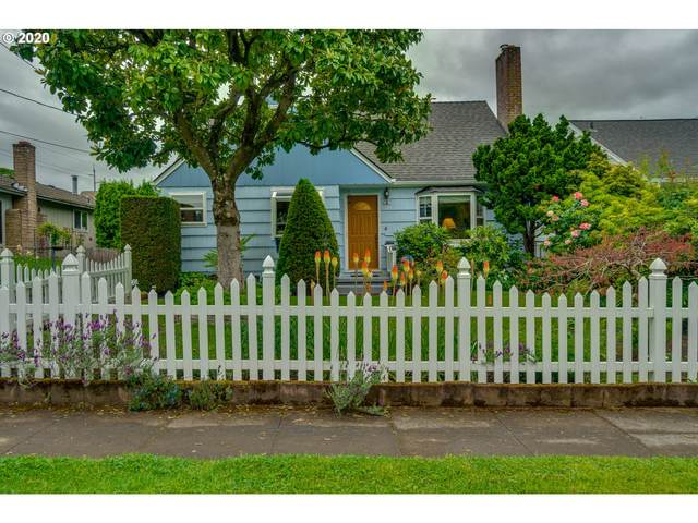 4437 SE 46TH Ave, Portland, OR 97206 (MLS #20342062) :: Fox Real Estate Group