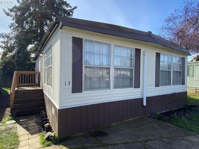 87911 Territorial Rd Sp13, Veneta, OR 97487 (MLS #20343917) :: Song Real Estate