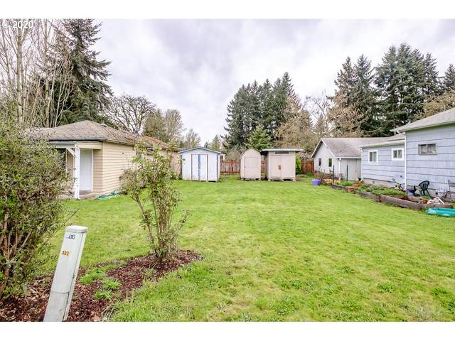 180 N Main St, Jefferson, OR 97352 (MLS #20344745) :: The Galand Haas Real Estate Team