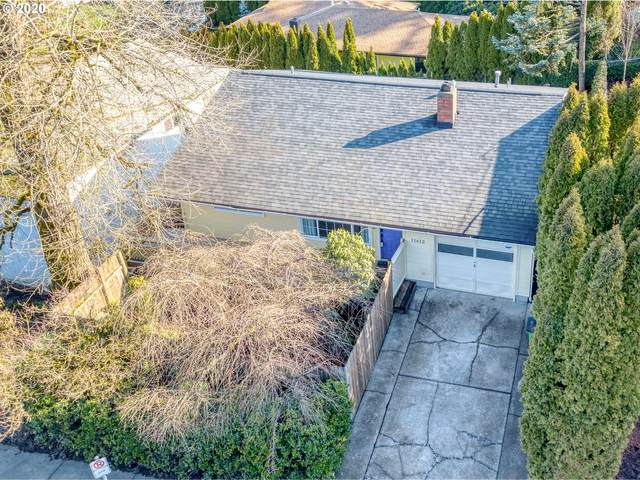 11612 SW 49TH Ave, Portland, OR 97219 (MLS #20346691) :: McKillion Real Estate Group