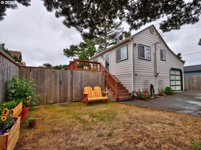 421 16th Ave, Seaside, OR 97138 (MLS #20347913) :: The Liu Group