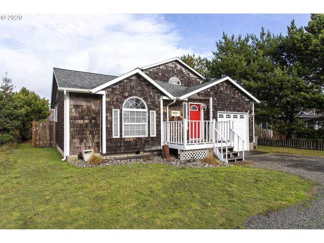 568 2nd St, Gearhart, OR 97138 (MLS #20348647) :: Fox Real Estate Group