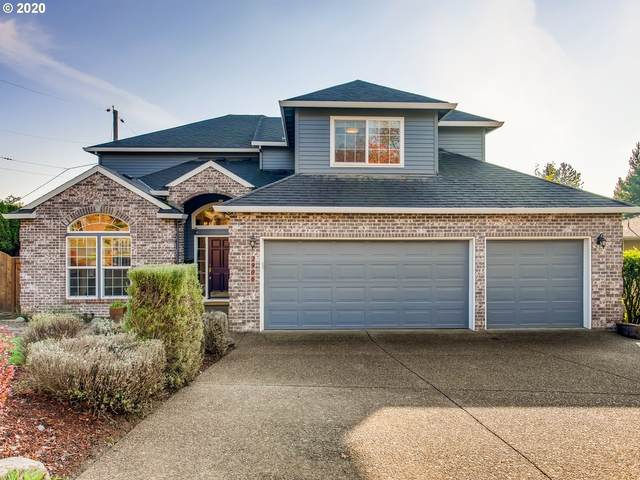 2906 SW Hamilton St, Portland, OR 97239 (MLS #20348657) :: Holdhusen Real Estate Group