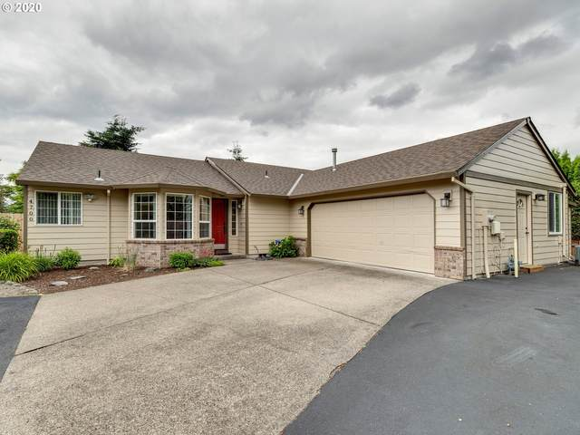 4700 SE Powell Butte Pkwy, Portland, OR 97236 (MLS #20348941) :: Fox Real Estate Group