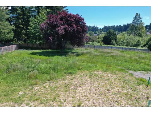 13530 SE Mountaingate Rd, Happy Valley, OR 97086 (MLS #20351217) :: Fox Real Estate Group