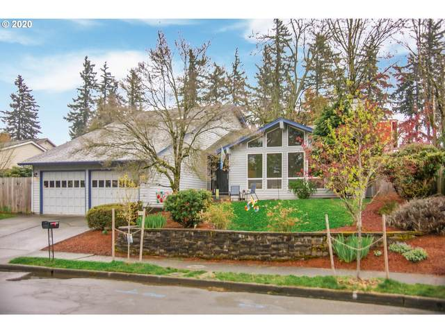 15632 NE Stanton St, Portland, OR 97230 (MLS #20351674) :: McKillion Real Estate Group