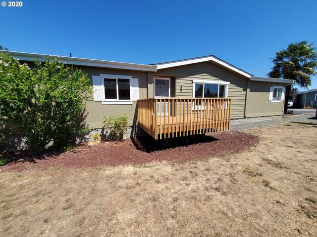 355 Trout Loop, Roseburg, OR 97471 (MLS #20352529) :: Townsend Jarvis Group Real Estate