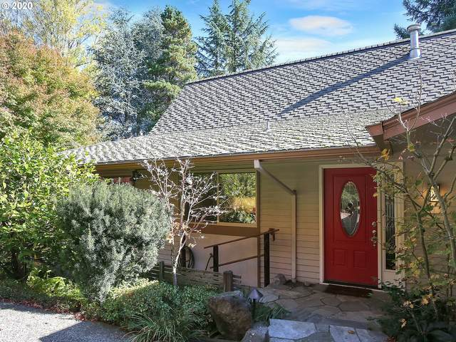 14 Independence Ave, Lake Oswego, OR 97035 (MLS #20352539) :: Holdhusen Real Estate Group