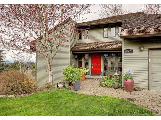 8547 NW Reed Dr, Portland, OR 97229 (MLS #20352702) :: Fox Real Estate Group