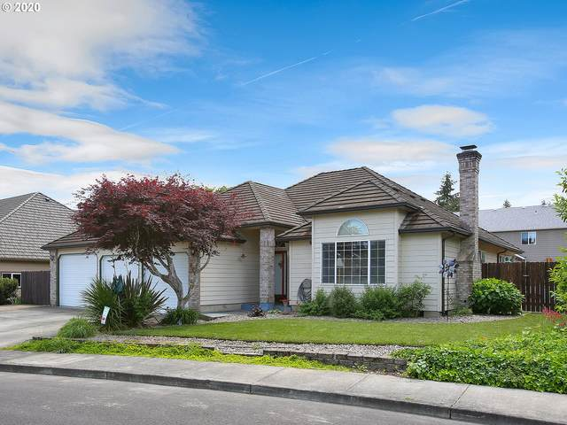 1195 NE 15TH Ave, Canby, OR 97013 (MLS #20352938) :: Premiere Property Group LLC