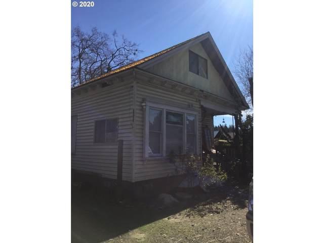 24315 Redwood Hwy, Cave Junction, OR 97523 (MLS #20354338) :: Premiere Property Group LLC