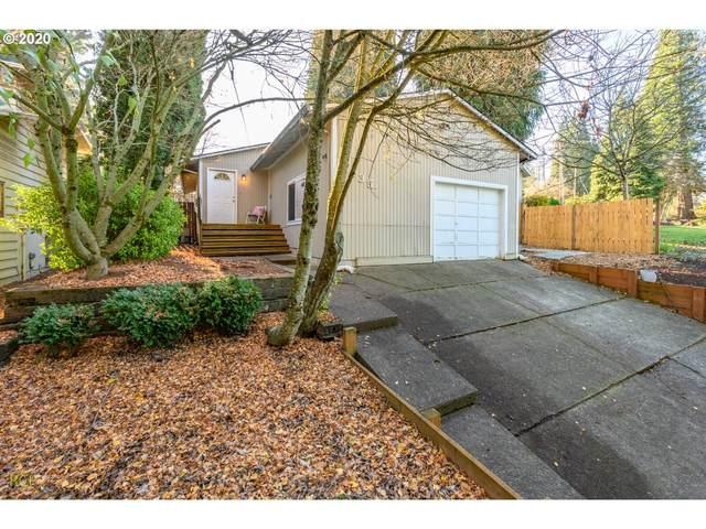 2435 Willamette Falls Dr, West Linn, OR 97068 (MLS #20357973) :: Lux Properties
