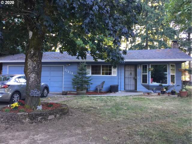 11819 SE Stanley Ave, Milwaukie, OR 97222 (MLS #20359331) :: Fox Real Estate Group