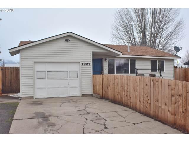 1907 Y Ave, La Grande, OR 97850 (MLS #20360170) :: Song Real Estate