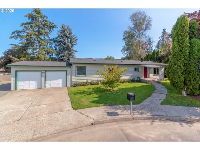 711 N Jeffery Ct, Newberg, OR 97132 (MLS #20360971) :: Premiere Property Group LLC